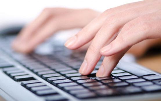 10 prstno slepo tipkanje po nareku, tipkanje knjig, pretipkavanje besedil